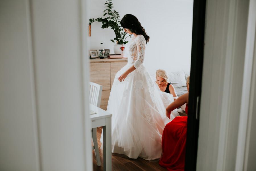 C & R - Mały Dworek Olsztyn - Sesja ślubna nad morzem 18