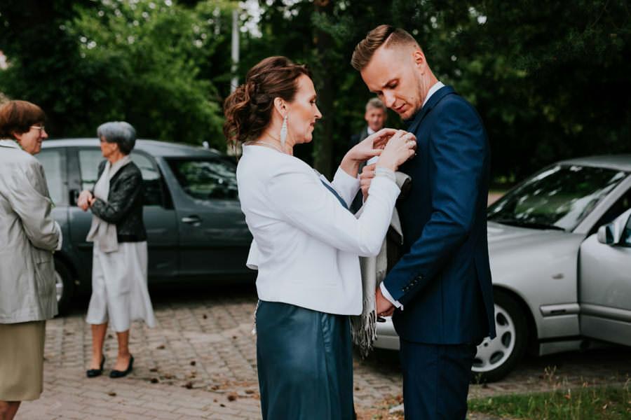 C & R - Mały Dworek Olsztyn - Sesja ślubna nad morzem 26