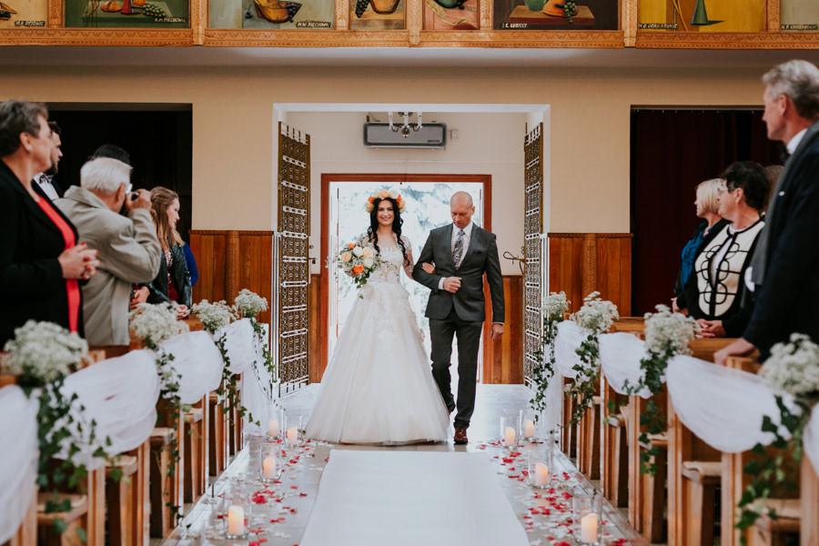C & R - Mały Dworek Olsztyn - Sesja ślubna nad morzem 32