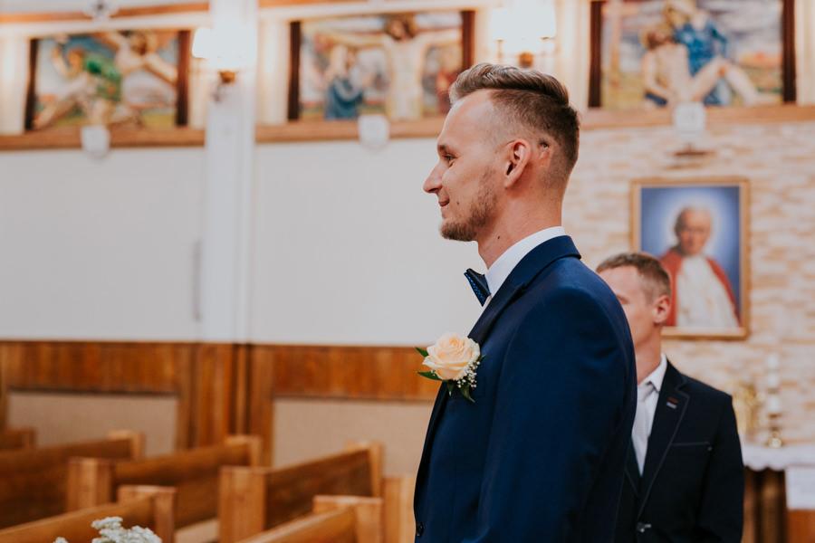 C & R - Mały Dworek Olsztyn - Sesja ślubna nad morzem 34