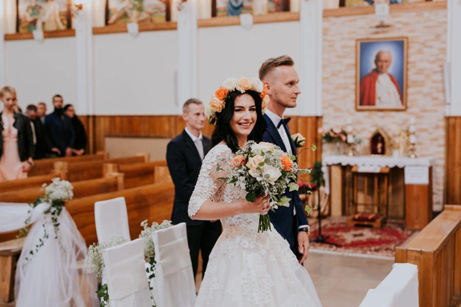 C & R - Mały Dworek Olsztyn - Sesja ślubna nad morzem 36