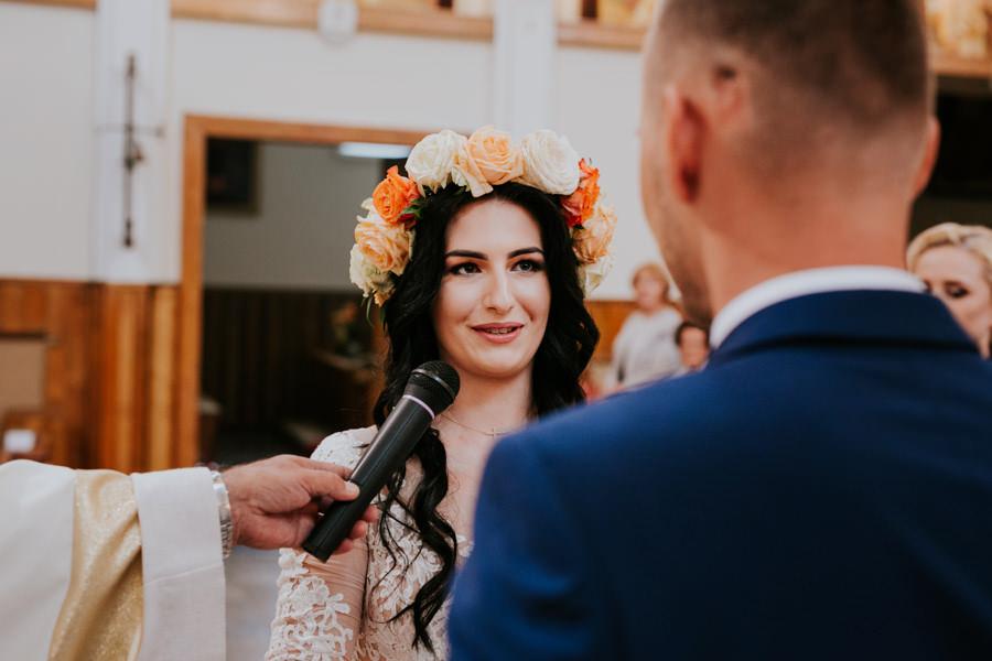 C & R - Mały Dworek Olsztyn - Sesja ślubna nad morzem 39