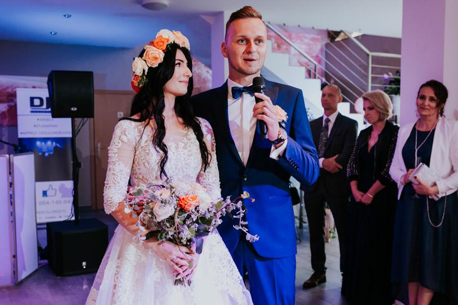 C & R - Mały Dworek Olsztyn - Sesja ślubna nad morzem 48