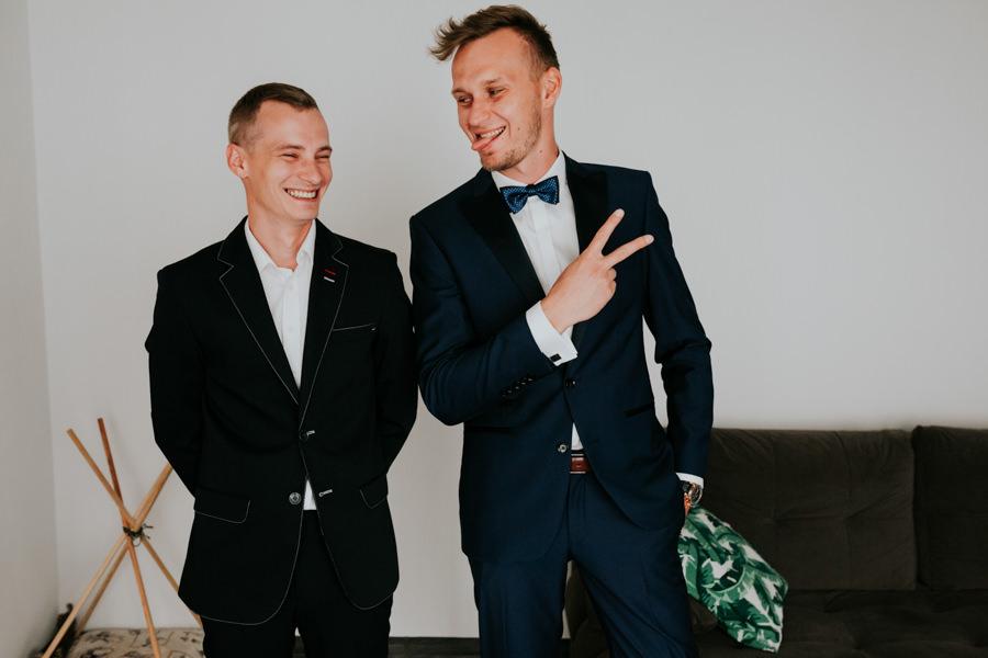 C & R - Mały Dworek Olsztyn - Sesja ślubna nad morzem 5