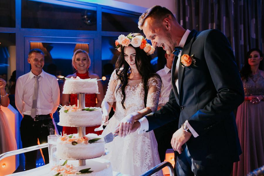 C & R - Mały Dworek Olsztyn - Sesja ślubna nad morzem 69