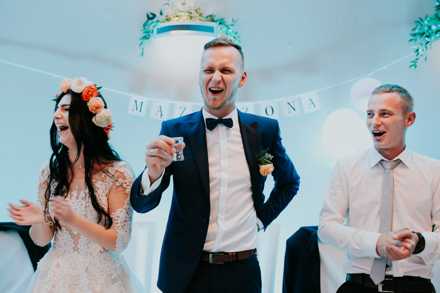 C & R - Mały Dworek Olsztyn - Sesja ślubna nad morzem 70