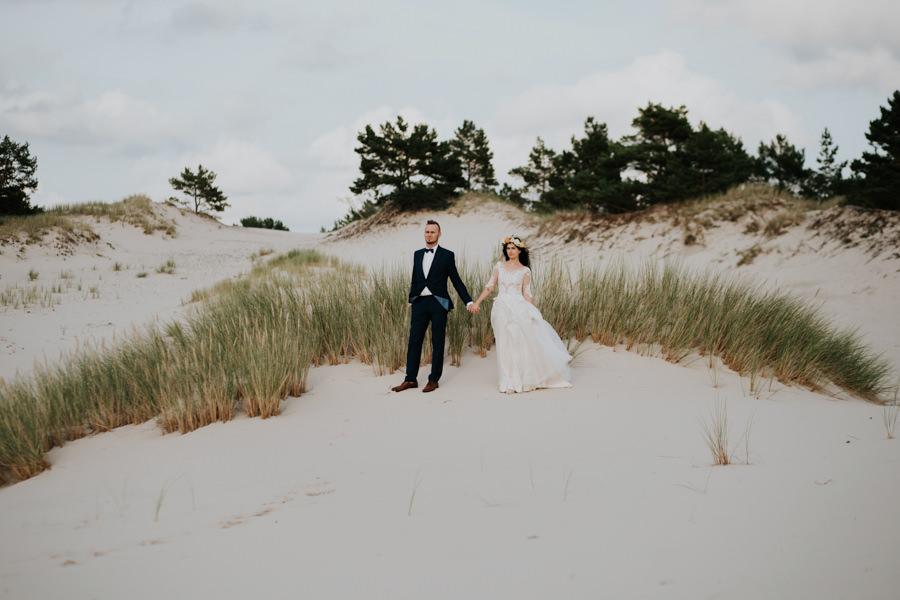 C & R - Mały Dworek Olsztyn - Sesja ślubna nad morzem 101