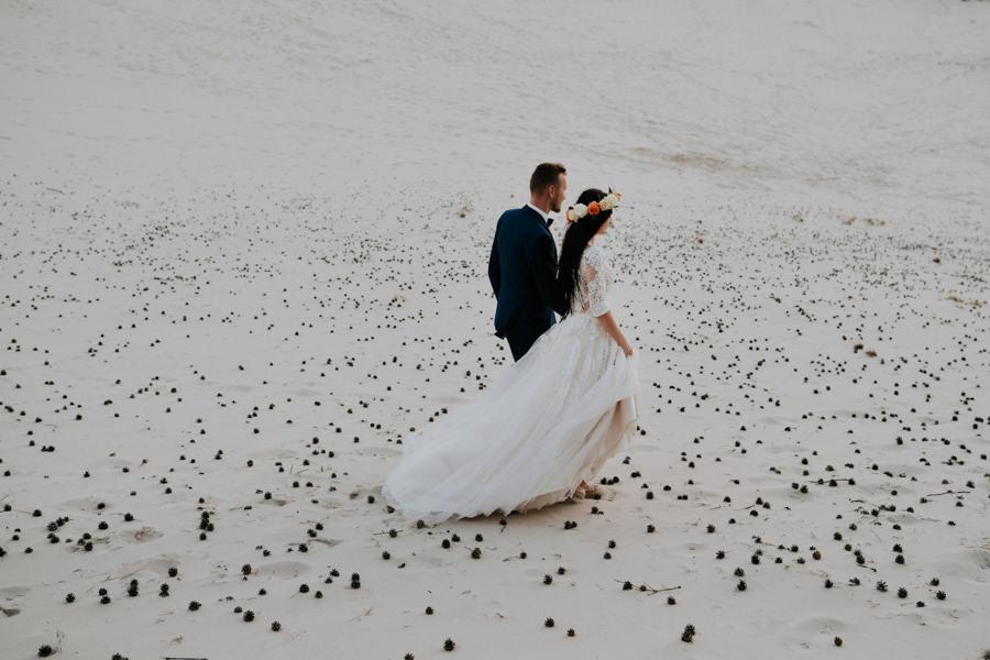 C & R - Mały Dworek Olsztyn - Sesja ślubna nad morzem 102