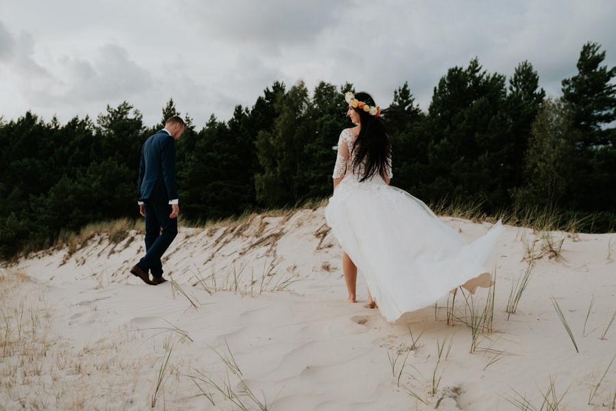 C & R - Mały Dworek Olsztyn - Sesja ślubna nad morzem 103