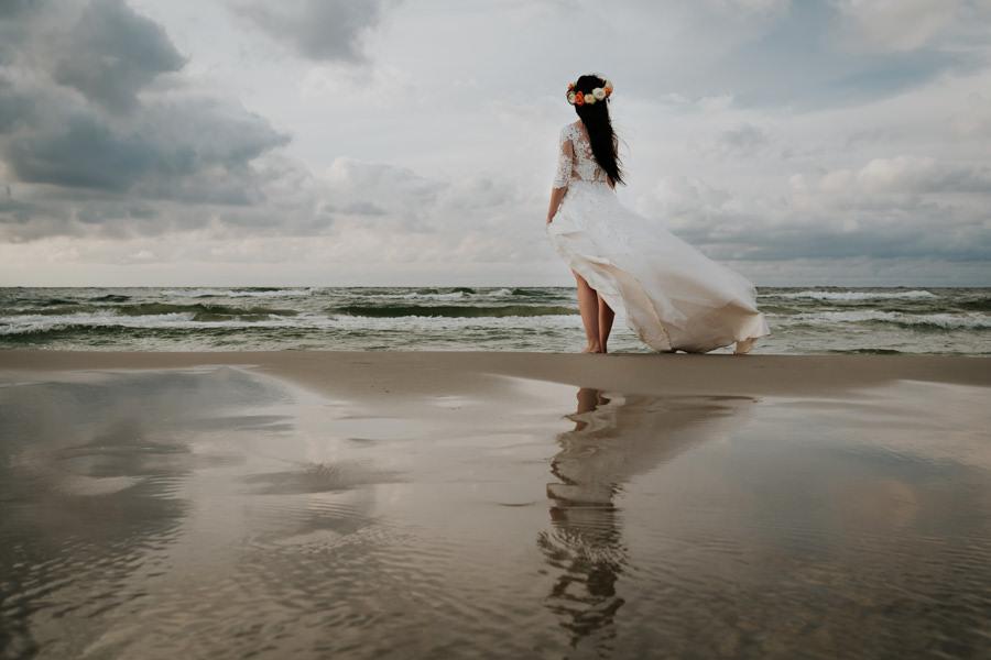 C & R - Mały Dworek Olsztyn - Sesja ślubna nad morzem 107