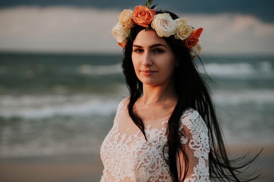 C & R - Mały Dworek Olsztyn - Sesja ślubna nad morzem 114