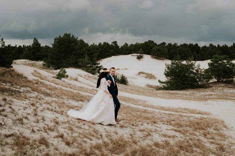 C & R - Mały Dworek Olsztyn - Sesja ślubna nad morzem 84