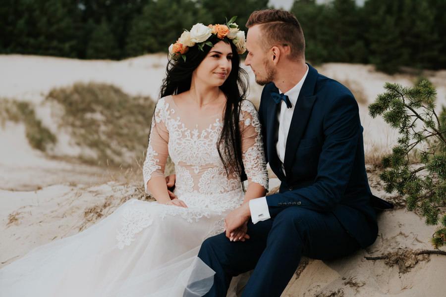 C & R - Mały Dworek Olsztyn - Sesja ślubna nad morzem 85