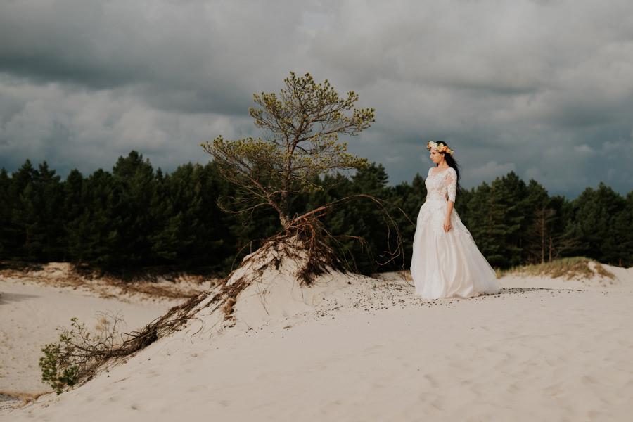 C & R - Mały Dworek Olsztyn - Sesja ślubna nad morzem 92