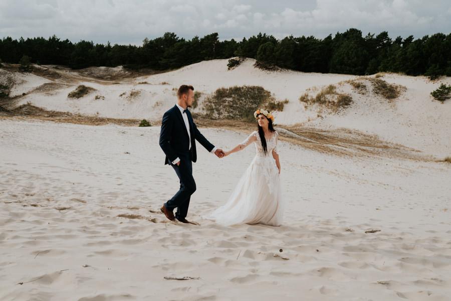 C & R - Mały Dworek Olsztyn - Sesja ślubna nad morzem 95