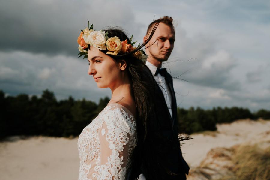 C & R - Mały Dworek Olsztyn - Sesja ślubna nad morzem 96