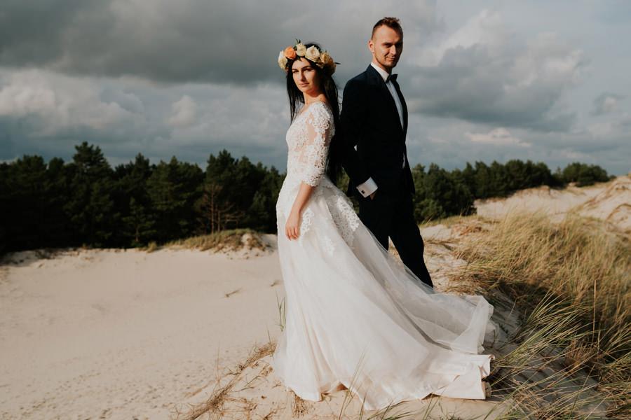 C & R - Mały Dworek Olsztyn - Sesja ślubna nad morzem 97