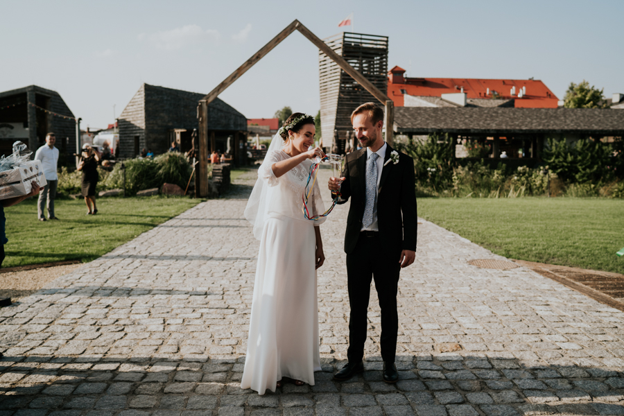 M&M - Rustykalne wesele i ślub w Folwarku Kamyk - Fotograf Częstochowa 102