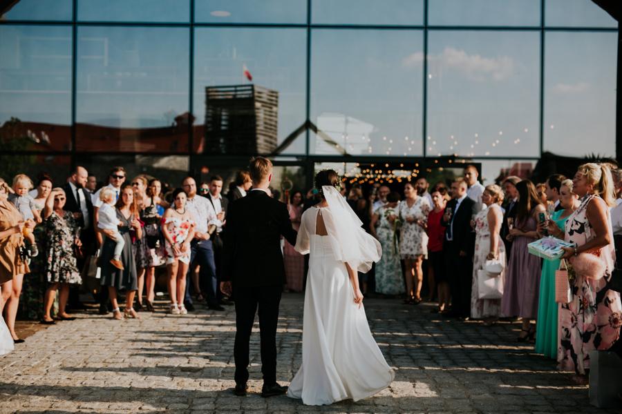 M&M - Rustykalne wesele i ślub w Folwarku Kamyk - Fotograf Częstochowa 105