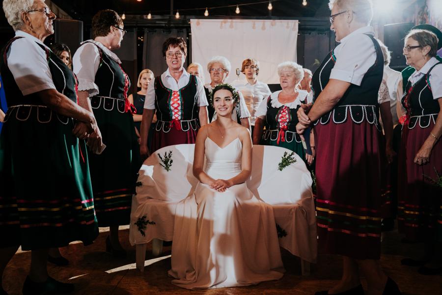 M&M - Rustykalne wesele i ślub w Folwarku Kamyk - Fotograf Częstochowa 148