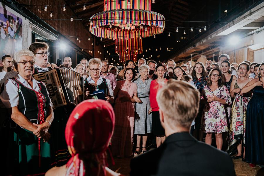 M&M - Rustykalne wesele i ślub w Folwarku Kamyk - Fotograf Częstochowa 151