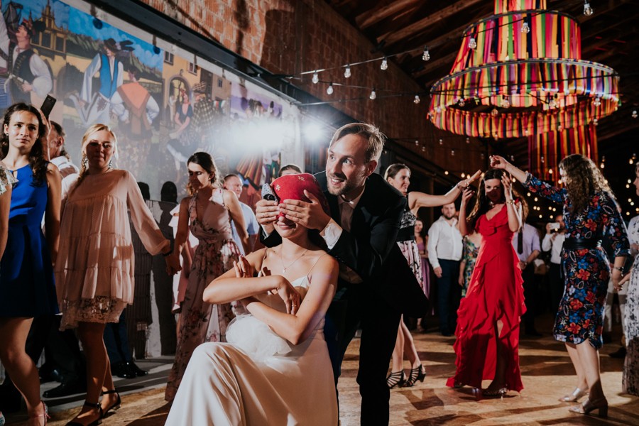 M&M - Rustykalne wesele i ślub w Folwarku Kamyk - Fotograf Częstochowa 160