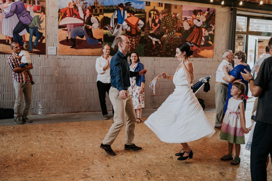 M&M - Rustykalne wesele i ślub w Folwarku Kamyk - Fotograf Częstochowa 185