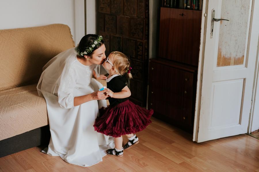 M&M - Rustykalne wesele i ślub w Folwarku Kamyk - Fotograf Częstochowa 20