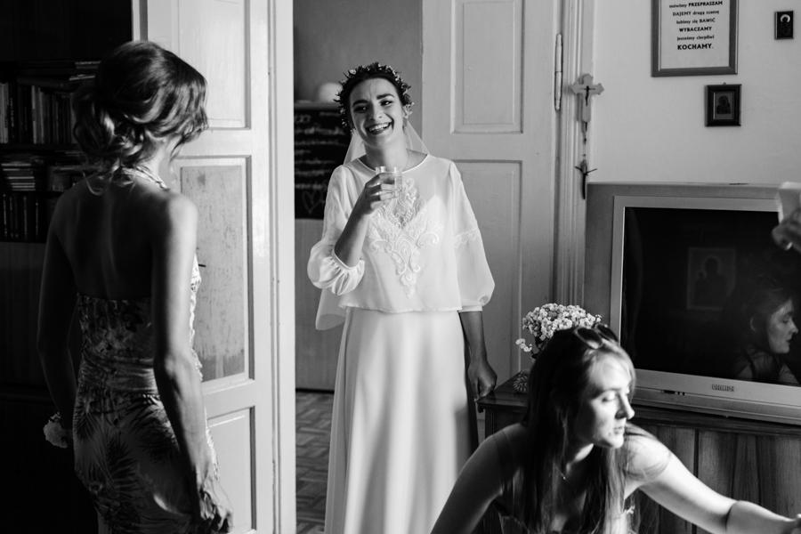 M&M - Rustykalne wesele i ślub w Folwarku Kamyk - Fotograf Częstochowa 21
