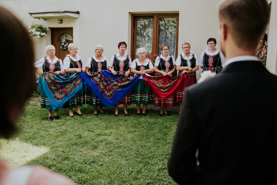 M&M - Rustykalne wesele i ślub w Folwarku Kamyk - Fotograf Częstochowa 28