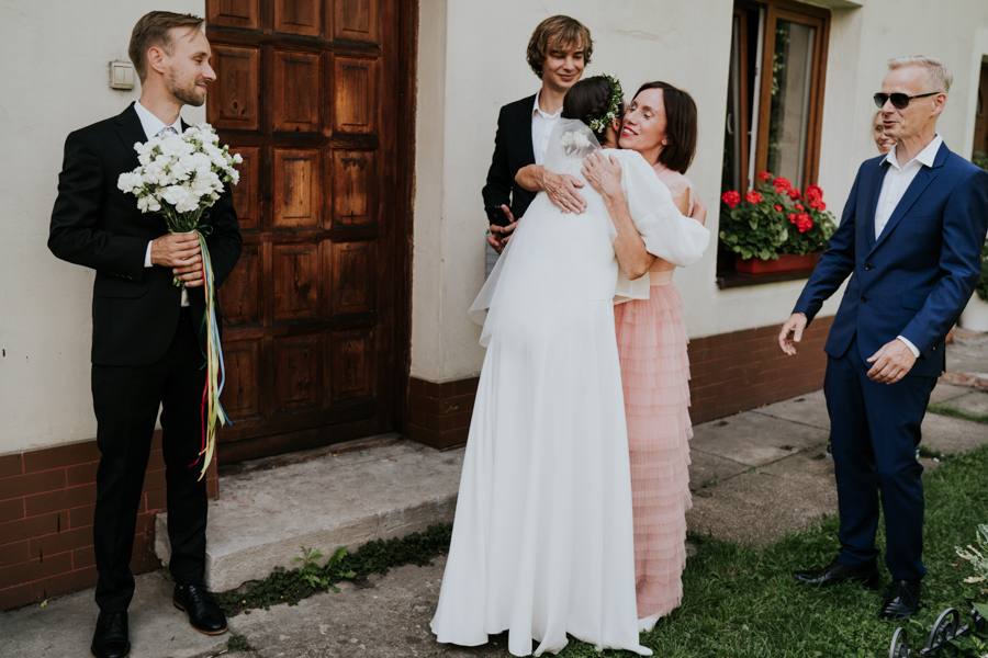 M&M - Rustykalne wesele i ślub w Folwarku Kamyk - Fotograf Częstochowa 32