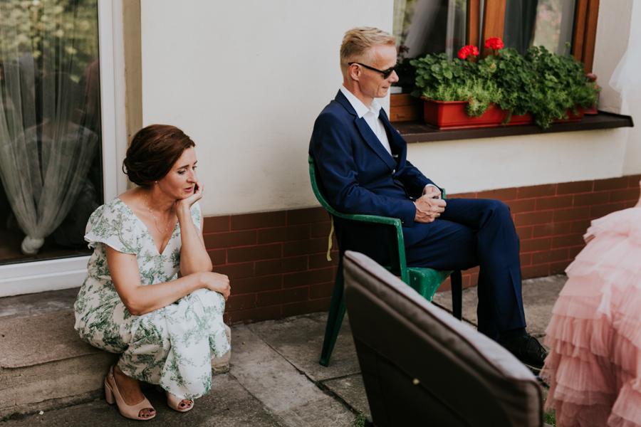 M&M - Rustykalne wesele i ślub w Folwarku Kamyk - Fotograf Częstochowa 45