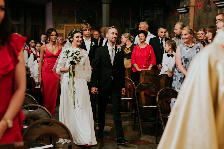 M&M - Rustykalne wesele i ślub w Folwarku Kamyk - Fotograf Częstochowa 57