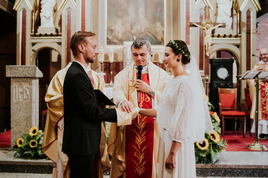 M&M - Rustykalne wesele i ślub w Folwarku Kamyk - Fotograf Częstochowa 68