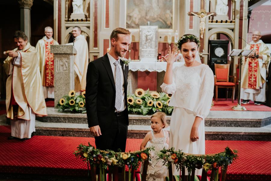 M&M - Rustykalne wesele i ślub w Folwarku Kamyk - Fotograf Częstochowa 76