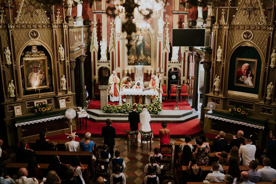 M&M - Rustykalne wesele i ślub w Folwarku Kamyk - Fotograf Częstochowa 82