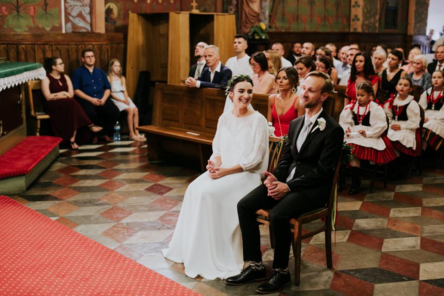 M&M - Rustykalne wesele i ślub w Folwarku Kamyk - Fotograf Częstochowa 84