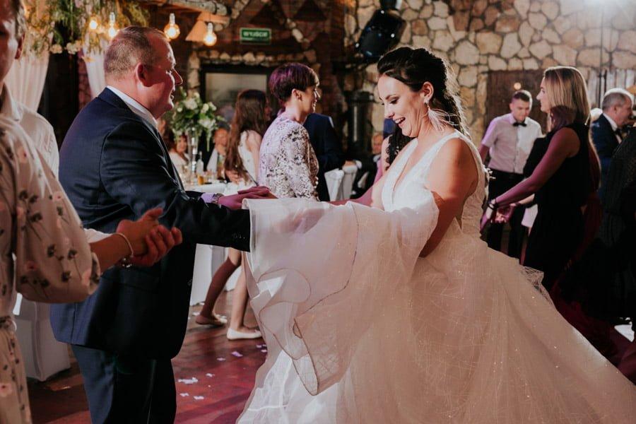 Najweselszy ślub roku - Fotografia Ślubna Częstochowa - Restauracja Kmicic 113