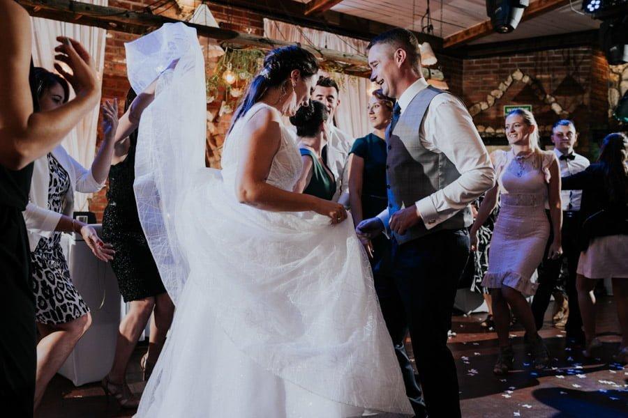 Najweselszy ślub roku - Fotografia Ślubna Częstochowa - Restauracja Kmicic 114