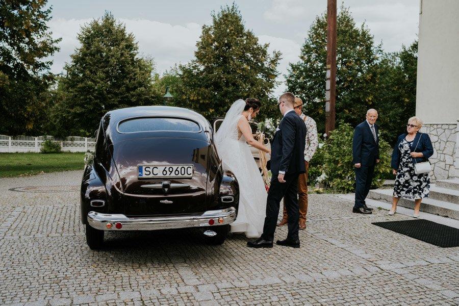 Najweselszy ślub roku - Fotografia Ślubna Częstochowa - Restauracja Kmicic 36