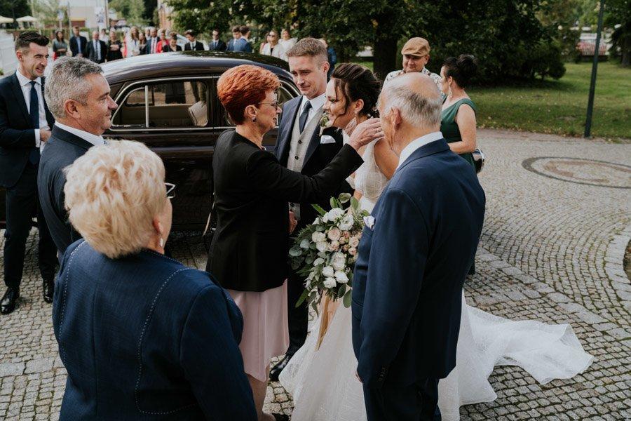 Najweselszy ślub roku - Fotografia Ślubna Częstochowa - Restauracja Kmicic 38