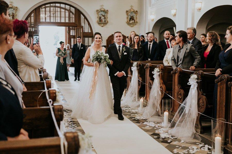 Najweselszy ślub roku - Fotografia Ślubna Częstochowa - Restauracja Kmicic 47