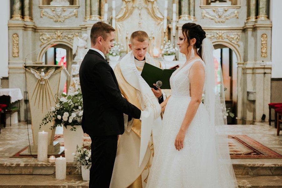 Najweselszy ślub roku - Fotografia Ślubna Częstochowa - Restauracja Kmicic 52