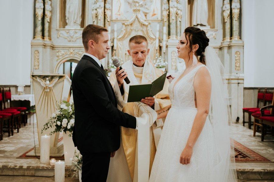 Najweselszy ślub roku - Fotografia Ślubna Częstochowa - Restauracja Kmicic 54