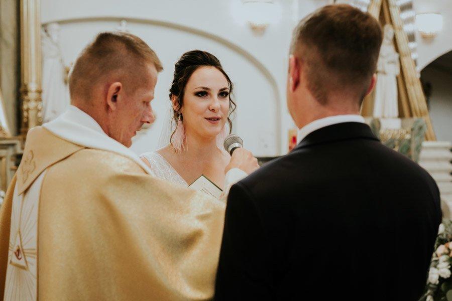 Najweselszy ślub roku - Fotografia Ślubna Częstochowa - Restauracja Kmicic 55
