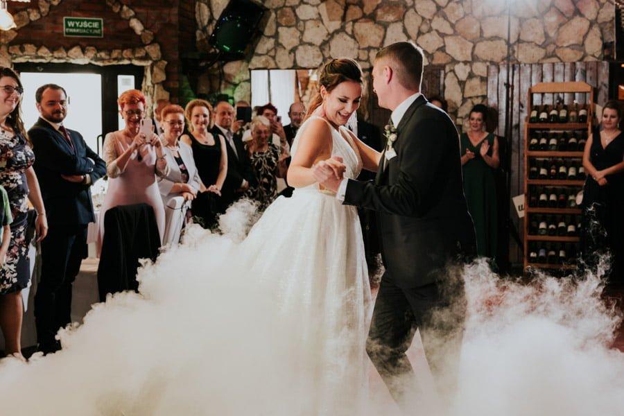 Najweselszy ślub roku - Fotografia Ślubna Częstochowa - Restauracja Kmicic 76