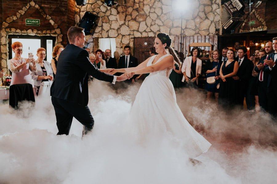 Najweselszy ślub roku - Fotografia Ślubna Częstochowa - Restauracja Kmicic 77