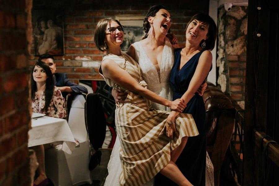 Najweselszy ślub roku - Fotografia Ślubna Częstochowa - Restauracja Kmicic 95